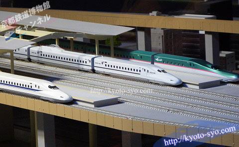 新幹線駅のジオラマ
