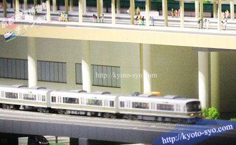 通勤電車の模型