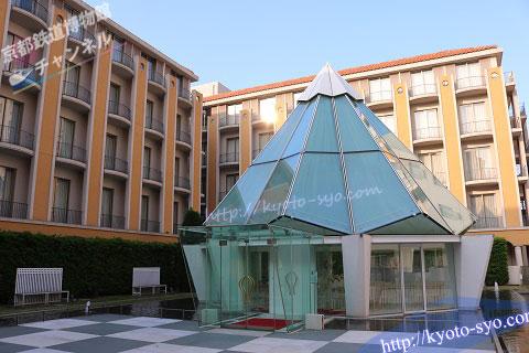 新・都ホテルの中庭