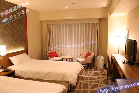 新・都ホテルのロビーのツインルーム