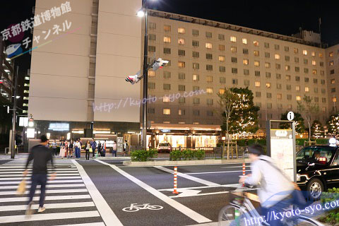 京都駅前の交差点