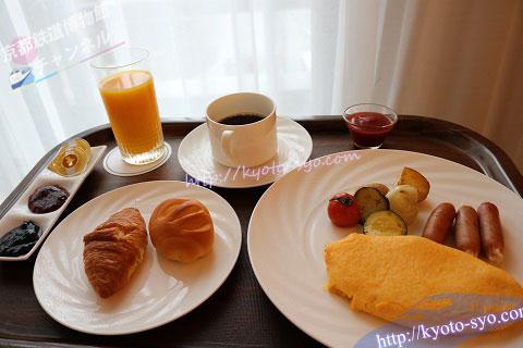 リーガロイヤルホテル京都の朝食ルームサービス